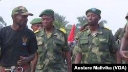 Des soldats de l'armée régulière congolaise engagés dans l'offensive contre les combattants du mouvement rebelle ougandais des Forces Démocratiques Alliées (ADF) à Beni.