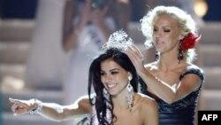 Miss USA shpreson që titulli i saj do t'i ndihmojë komunitetet myslimane
