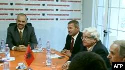 Partitë opozitare mblidhen për të përcaktuar kalendarin e protestave