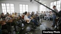El Gusto orkestar za vrijeme snimanja u Francuskoj (Courtesy Quidam Production El Gusto)