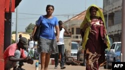 Residentes de Bissau vão fazendo a vida na normalidade aguardando pelo novo governo de transição
