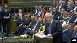 보리스 존슨 영국 총리가 28일 의회에서 연설하고 있다.