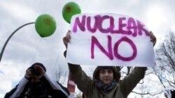 هزاران آلمانی خواستار پايان دادن به توليد برق اتمی شدند