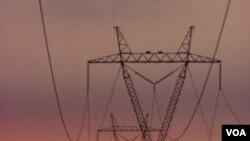 Entre las medidas se encuentra la compra de 1.200 megavatios de energía de Perú.