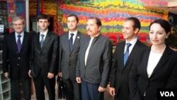 აფხაზები მანაგუაში ნიკარაგუის პრეზიდენტთან შეხვედრის დროს. სექტემბერი, 2009 წელი