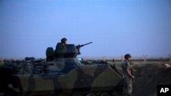 တူရကီတပ္ေတြ ဆီးရီယားနယ္စပ္မွာ ကင္းလွည့္ေစာင့္ၾကပ္ေနၾကစဥ္