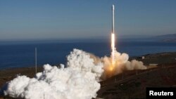 El pasado 29 de setiembre, SpaceX realizó con éxito el primer vuelo de prueba del nuevo Falcon 9.
