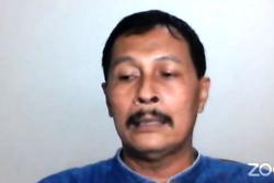 Lurah Tirtomartani, Sleman, DIY, Indra Gunawan, dalam tangkapan layar.