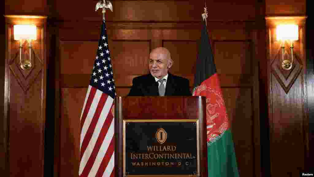 محمد اشرف غنی، رییس جمهور افغانستان پس از ملاقات با مقامات امریکایی در یک کنفرانس خبری مباحث با مقامات امریکای را خیلی موثر خواند.