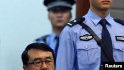 Un lieutenant-général va devoir répondre d'accusation de corruption