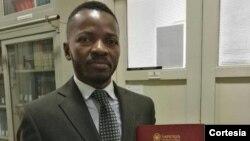 Issau Agostinho pronto para defender a tese de doutorado