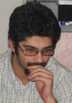 آرش بهمنی: اگر رهبری دخالت نکند ، مجلس می تواند استیضاح کند