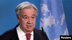 រូបឯកសារ៖ អគ្គលេខាធិការអង្គការសហប្រជាជាតិ លោក Antonio Guterres ថ្លែងសុន្ទរកថាក្នុងសន្និសីទសារព័ត៌មានមួយនៅទីក្រុងប៊ែកឡាំង ប្រទេសអាល្លឺម៉ង់ ថ្ងៃទី១៧ ខែធ្នូ ឆ្នាំ២០២០។