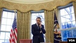 Predsjednik Obama o sporazumu telefonski razgovara sa ruskim predsjednikom Dmitrijem Medvedevim , 26. mart 2010