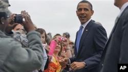 奥巴马慰问洪水灾民