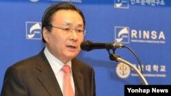 주철기 한국 청와대 외교안보수석이 13일 국방대학교 주최로 열린 '제1회 서울국제군사심포지엄'에서 연설하고 있다.