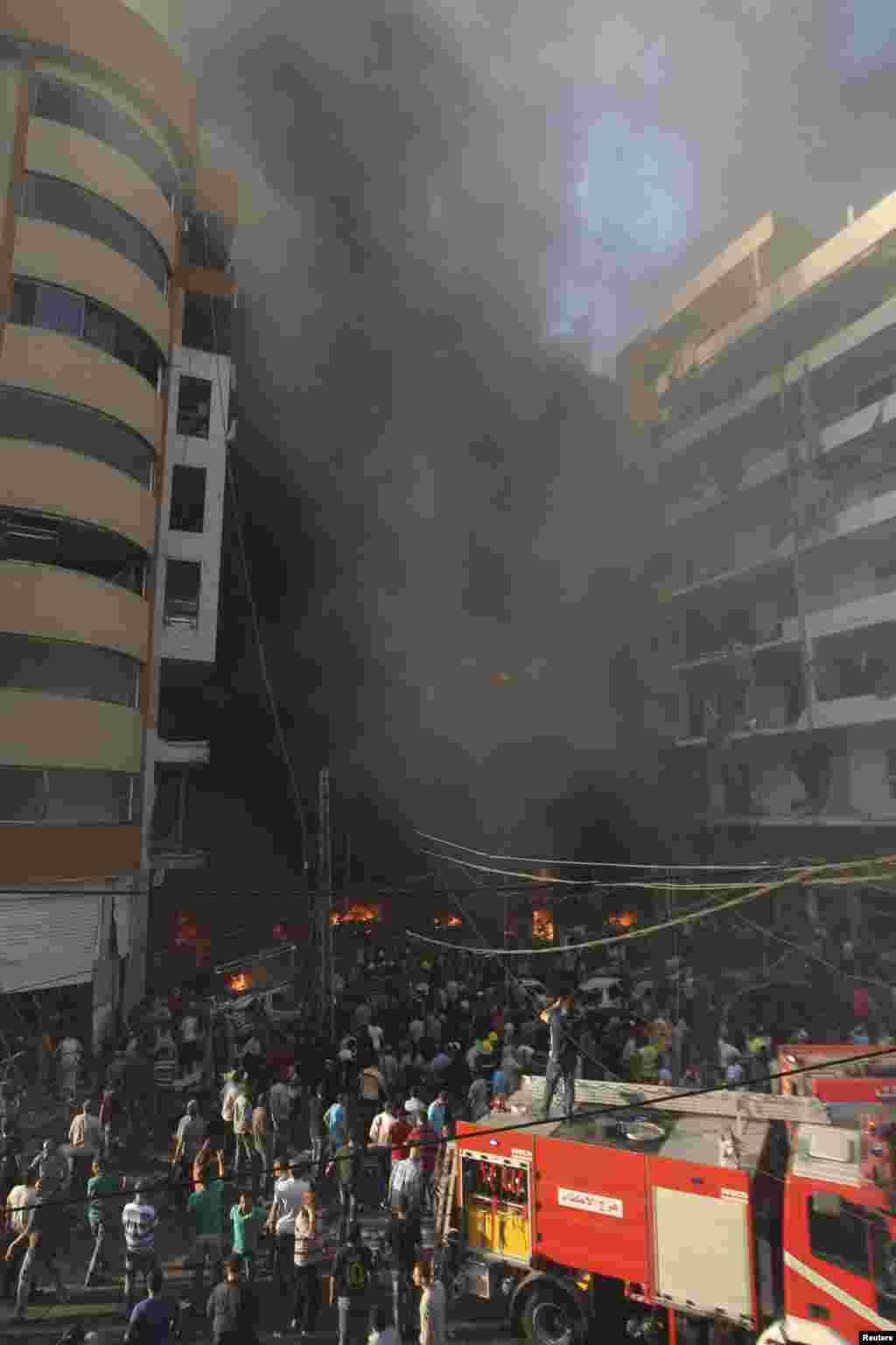 Bomba hücumu Beyrut yaxınlığındakı Rveisdə həyata keçirilib