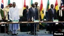 Shugaba Muhammadu Buhari na Najeriya a ECOWAS, 16 Disamba, 2015.