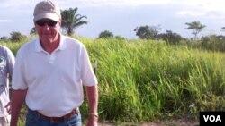 Embaixador americano em Angola, Christopher McMullen