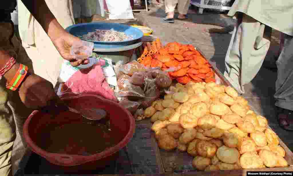 دہلی کے مخصوص اور روایتی دہی بـڑے