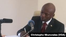 Alain Nyamitwe, à l'hotel Outlook Best Hotel à Bujumba au Burundi (Christophe Nkurunziza/VOA)