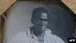 تصویریکی از صدها برده آقای جفرسن که آهنگر بود. آیزاک گرانگر در دهه ۱۸۲۰ آزاد شد.