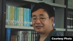 政治学家陈子明(美国之音海涛拍摄)