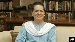 سپری شدن موفقانۀ عملیات جراحی سونیا گاندی
