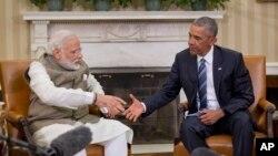 미국을 방문한 나렌드라 모디 인도 총리(왼쪽)가 7일 백악관에서 바락 오바마 미국 대통령과 만나 정상회담을 가졌다.