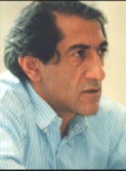 سرکوهی می گوید رقابت سیاسی جای مبارزه با اختلاس را گرفته است