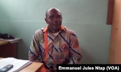 Sosthène Médard Lipot, conseiller politique et communication du président du MRC, Mouvement pour la renaissance du Cameroun, le 28 juillet 2017. (VOA/Emmanuel Jules Ntap)