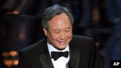Đạo diễn Lý An tại lễ trao giải Oscars ở Dolby Theatre, Los Angeles, ngày 24/2/2013