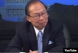 Giáo sư Nguyễn Mạnh Hùng