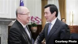 台灣總統馬英九6月10日會見了吳伯雄一行(照片來源:台灣總統府)