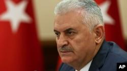 PM Binali Yildirim hari Selasa (19/7), memperingatkan rakyat Turki untuk tidak melakukan balas dendam atas kudeta yang gagal.
