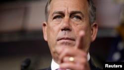 Boehner rechazó enfáticamente la sugerencia de que Estados Unidos no participe de los Juegos Olímpicos de Invierno de febrero de 2014 en Sochi.