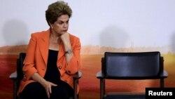 دیلما روسف متهم به دستکاری در ارقام بودجه در جریان انتخابات ریاست جمهوری سال ۲۰۱۴ است.