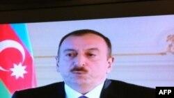 Prezident Əliyev Dünya Azərbaycanlılarının Həmrəylik Günü münasibətilə müraciət qəbul edib