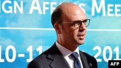 Le ministre italien des affaires étrangères Angelino Alfano, 10 avril 2017.