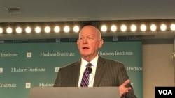 哈德逊研究所中国战略中心主任白邦瑞(美国之音钟辰芳拍摄)