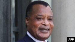 Président Denis Sassou N'Guesso na ndako ya mosala ya mokonzi ya France, Palais de l'Elysée, Paris, 3 septembre 2019.
