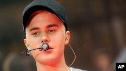 """Justin Bieber tampil di acara """"Today"""" di NBC (11/9)."""
