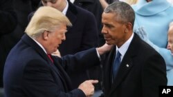 Donald Trump et Barack Obama le 21 janvier 2017 à Washington DC.