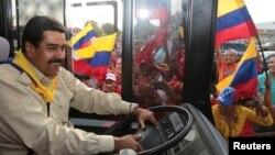 El gobernante venezolano ha acusado a dirigentes de El Salvador y Colombia de orquestar planes de conspiración para asesinarlo.
