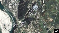 북한의 영변 핵시설 위성사진
