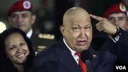 Presiden Hugo Chavez akan kembali mencalonkan diri sebagai presiden di pemilihan tahun 2012. Mahkamah Agung Venezuela melarang beberapa calon oposisi untuk menantangnya (foto:dok).