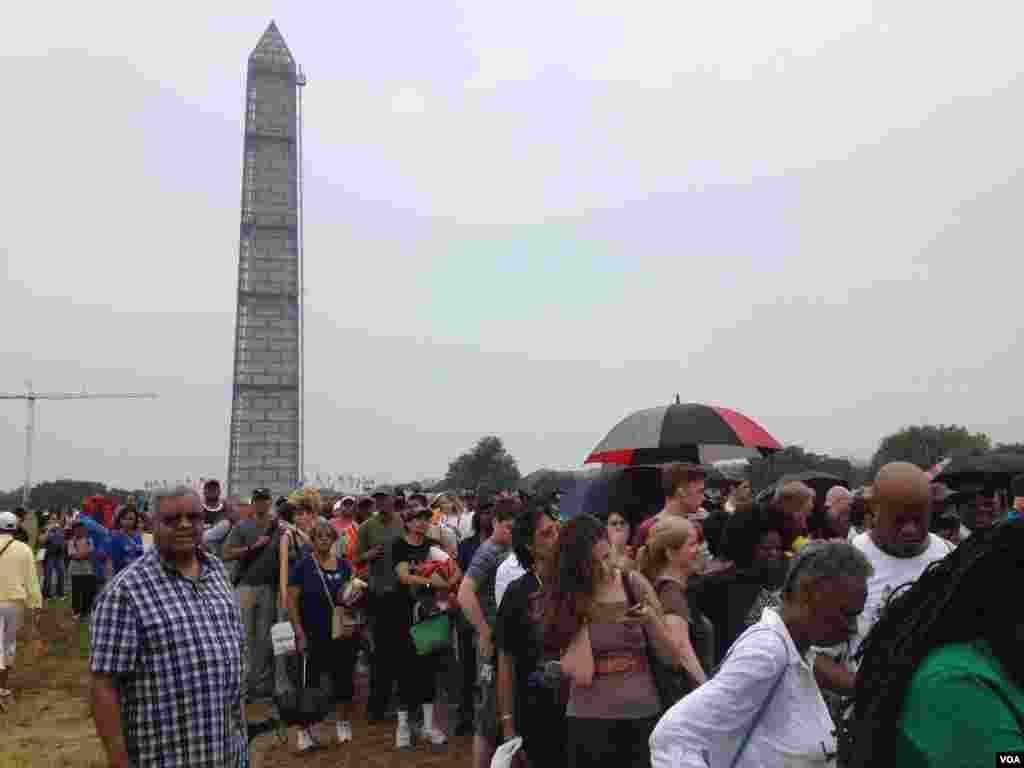 大批美國民眾8月28日在華盛頓林肯紀念堂前集會