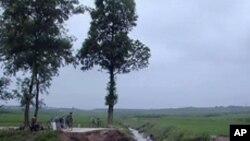 호우로 끊긴 북한의 도로