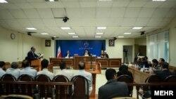 عکس آرشیوی از دادگاه ویژه اقتصادی برای برخورد با جرایم سکه و ارز