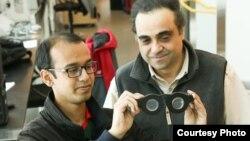 """کارلوس مسترنجلو، پروفسور مهندسی برق و کامپیوتر در دانشگاه یوتا (راست) و نظم الحسن، دانشجوی دکترا - خالقان """"عینکهای هوشمند"""""""